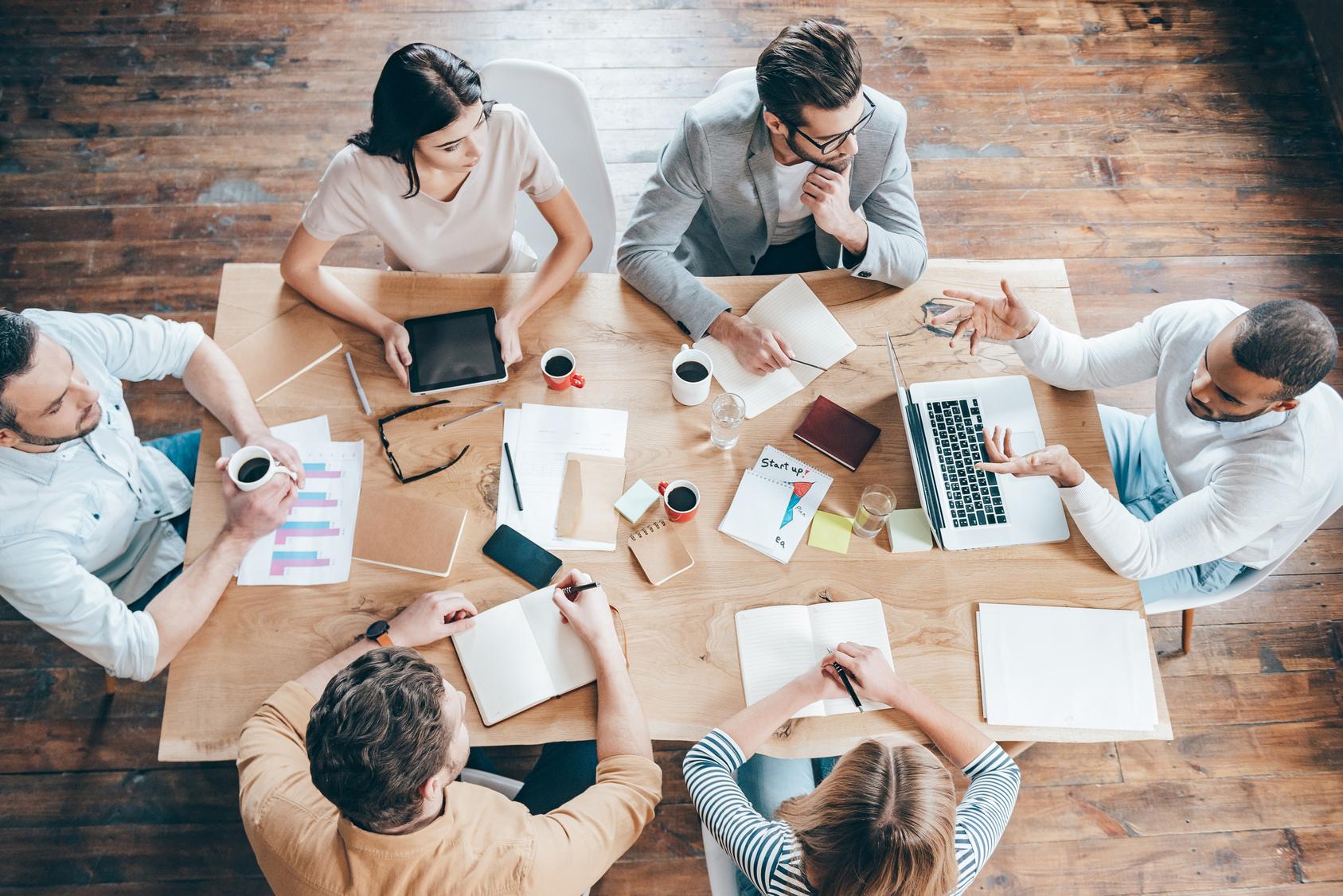 Mitglieder bei der Marketingbesprechung beim K3 Online Möbel Verband